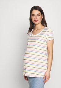 Esprit Maternity - Print T-shirt - offwhite - 0