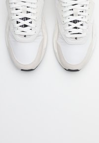 Diesel - SERENDIPITY S-SERENDIPITY LC W SNEAKERS - Trainers - white - 5