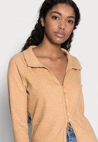 Fashion Union Petite - FENNEL CARDI - Cardigan - beige - 3