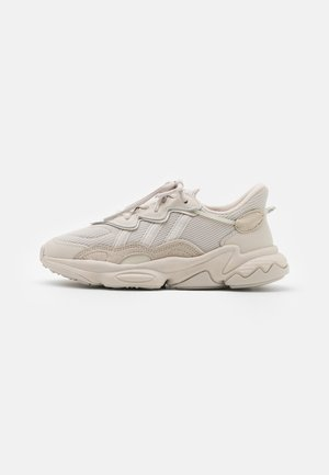 OZWEEGO UNISEX - Sneakers laag - clear brown