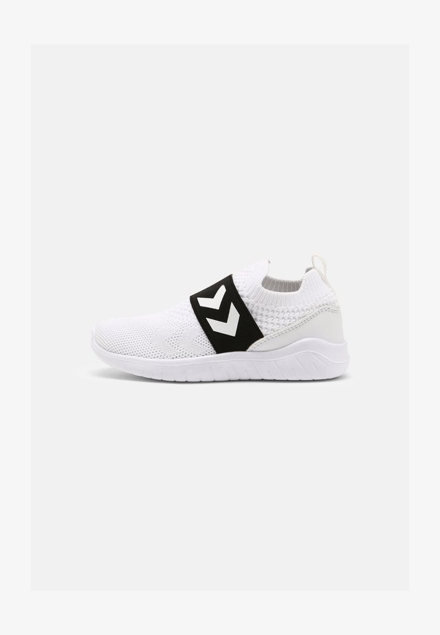 RECYCLE UNISEX - Sneakers laag - white