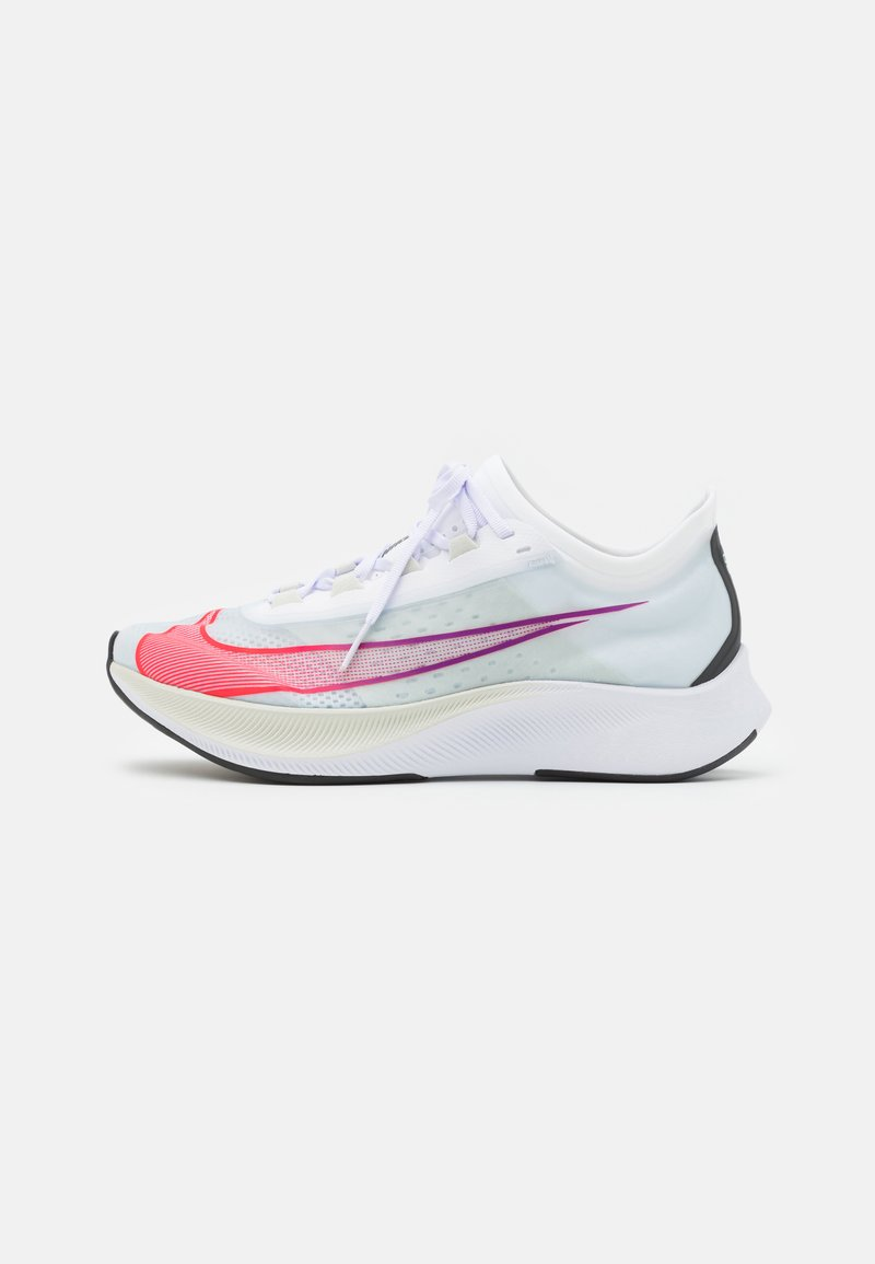 Nike Performance - ZOOM FLY 3 - Neutral running shoes - white/flash crimson/spruce aura