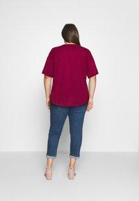 Anna Field Curvy - Jednoduché triko - red - 2