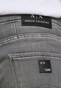 Armani Exchange - Džíny Slim Fit - grey denim - 5
