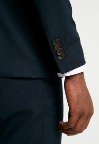 Esprit Collection - SUIT - Kostym - dark green - 12
