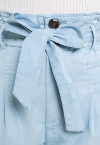 ONLY - ONLPIPI LIFE PAPERBAG BELT - Shorts - allure - 4