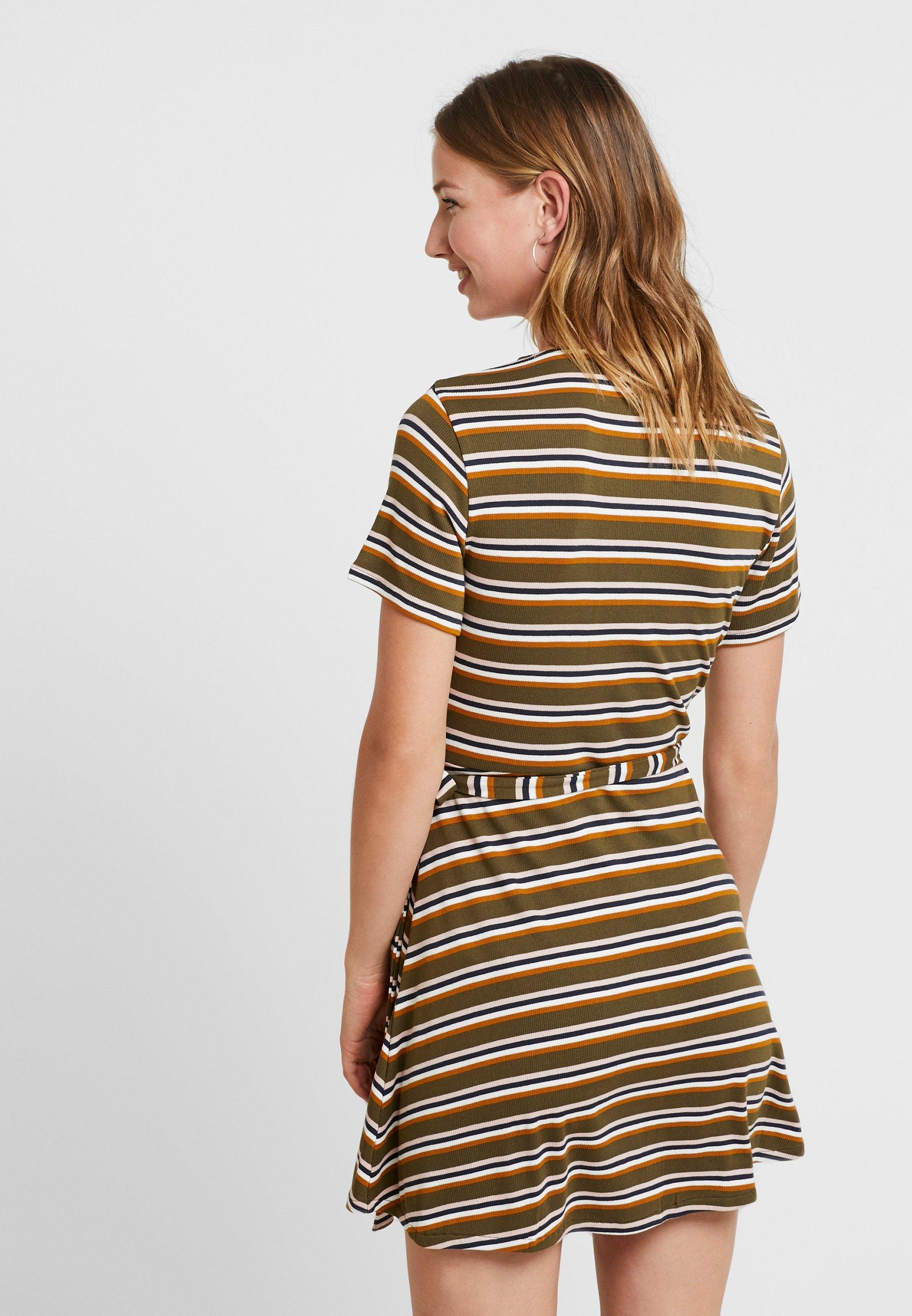 slater dress - strickkleid - army drab