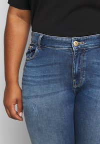 ONLY Carmakoma - CARCORA LIFE - Slim fit jeans - dark blue denim - 5