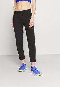 Champion - CUFFED PANTS - Pantaloni sportivi - black - 0