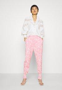 Cras - LOUISECRAS - Button-down blouse - white - 1