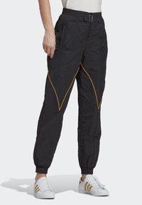 adidas Originals - Paolina Russo - Joggebukse - black/black/active gold - 3