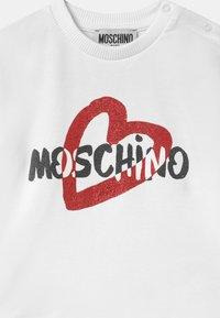 MOSCHINO - Sweatshirt - optic white - 2
