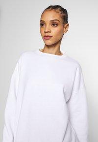 Missguided - BASIC OVERSIZED  - Sweatshirt - white - 4