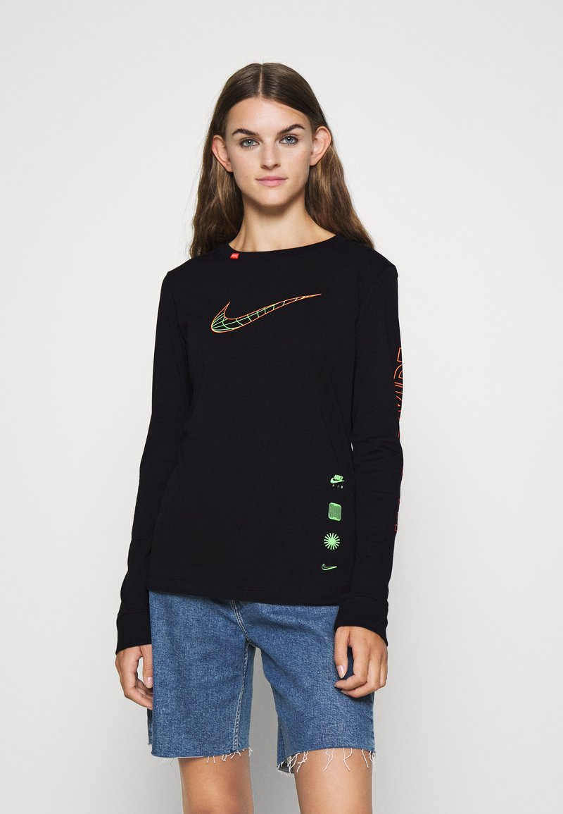 Nike Sportswear - TEE WORLDWIDE - Long sleeved top - black