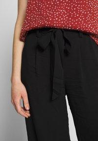 ONLY - ONLNOVA LIFE CROP PALAZZO PANT - Trousers - black - 4