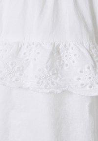Pieces Petite - PCLOUDRES SKIRT - Mini skirt - cloud dancer - 2
