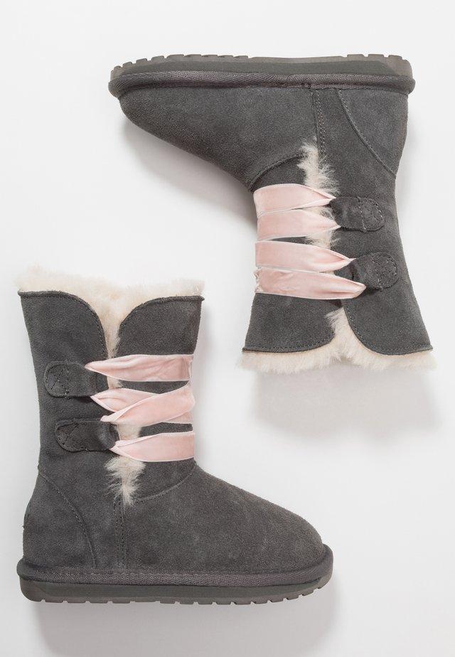 PHOENIX - Nauhalliset saappaat - charcoal