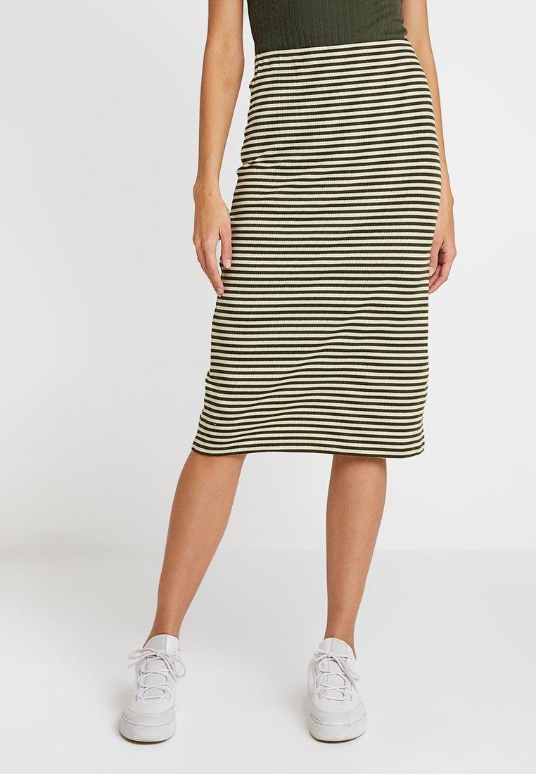 KIOMI - Pencil skirt - white/khaki