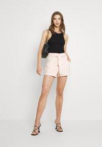 Morgan - Shorts - nacre - 1