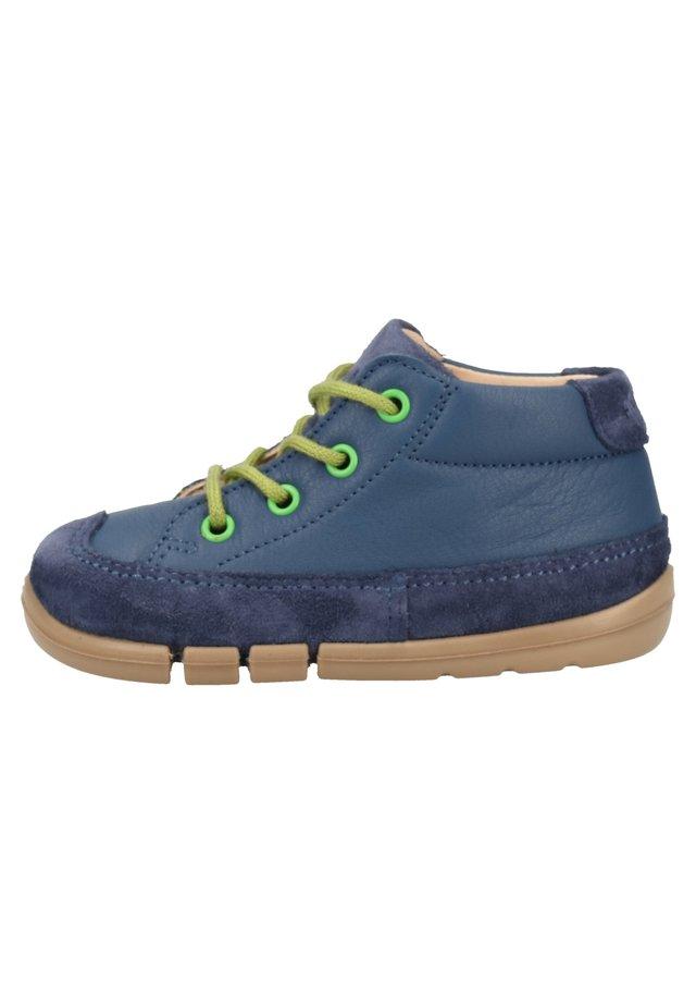 SUPERFIT HALBSCHUHE - Sportieve veterschoenen - blau 80