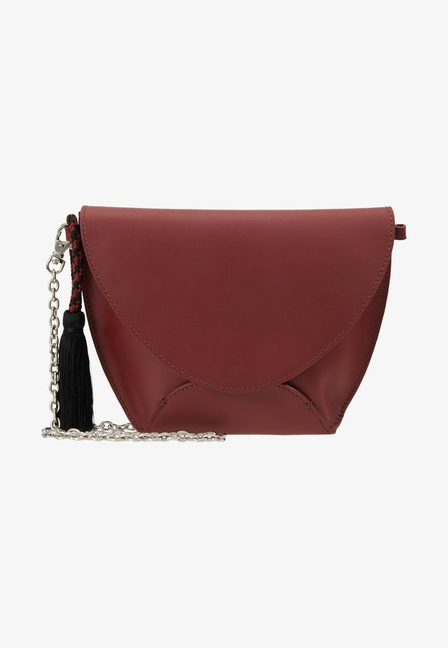 LEATHER - Clutch - ruby red