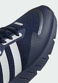 adidas Originals - ZX 1K BOOST SHOES - Baskets basses - blue - 7