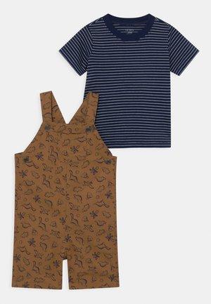 SHORTALL TAN SET - T-shirt print - beige