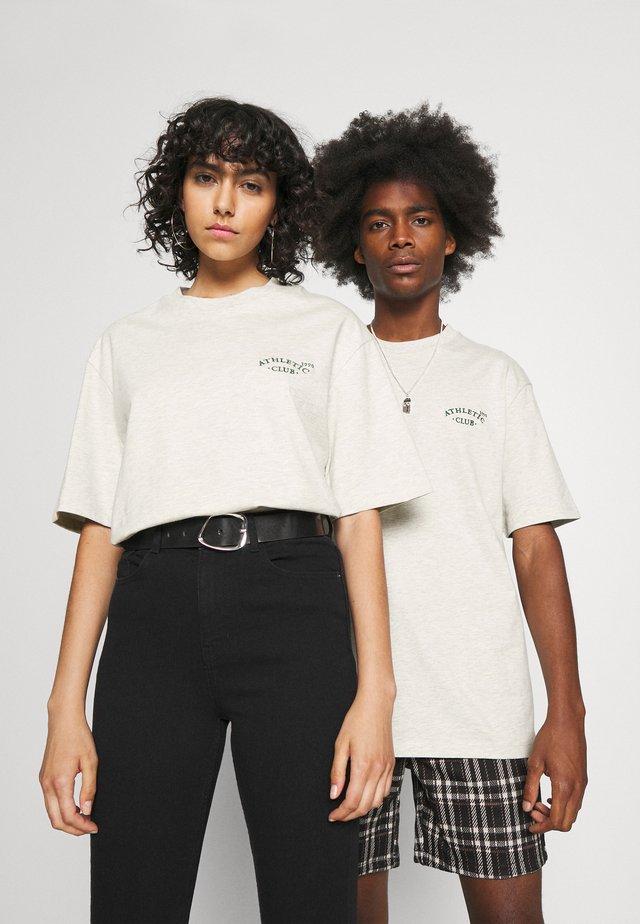 JORTOBIAS TEE CREW NECK CHEST UNISEX - T-shirts basic - white melange