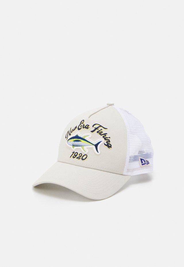 FISHING TRUCKER UNISEX - Lippalakki - offwhite