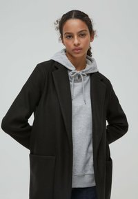 PULL&BEAR - Zimní kabát - black - 3