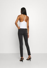Tommy Jeans - SOPHIE ANKLE ZIP  - Jeans Skinny Fit - bird black - 2