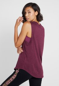Guess - TANK - Top - purple - 2