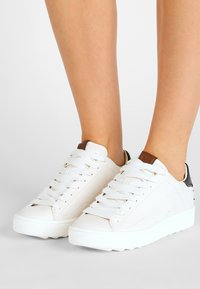Coach - Sneakers - white/midnight navy - 0