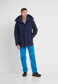 Patagonia - FROZEN RANGE 2-IN-1 - Down jacket - neo navy - 1