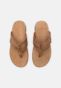 Pier One - Sandály s odděleným palcem - brown - 3