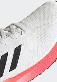 adidas Performance - SOLAR BOOST 19 - Neutral running shoes - crystal white/core black/copper metallic - 10