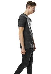 Mister Tee - T-shirt print - charcoal - 2