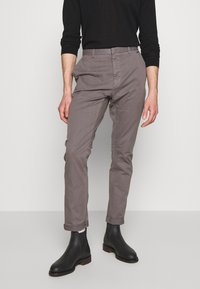 HUGO - GLEN - Chino - dark grey - 0