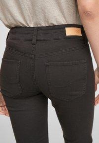 Q/S designed by - Denim shorts - black - 3
