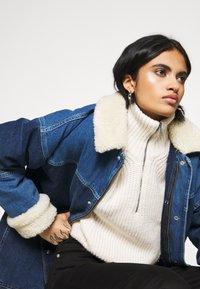 BDG Urban Outfitters - DYLAN DONKEY JACKET - Denim jacket - indigo - 3
