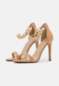 4th & Reckless - TEIGAN REMY - Sandály na vysokém podpatku - nude - 2