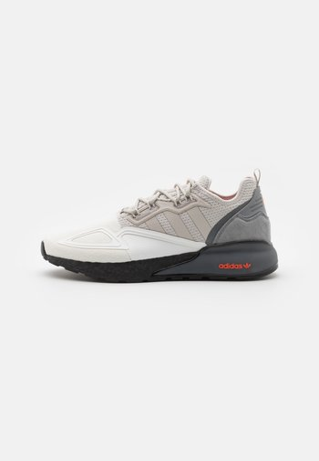 ZX 2K BOOST UNISEX - Sneakers basse - footwear white/grey one/grey three