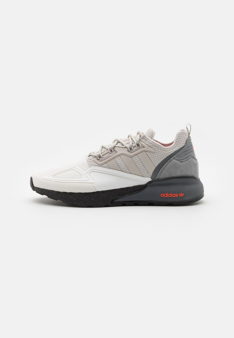adidas Originals - ZX 2K BOOST UNISEX - Trainers - footwear white/grey one/grey three
