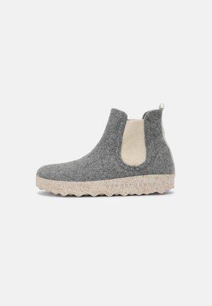 CAIA UNISEX - Classic ankle boots - concrete/natural