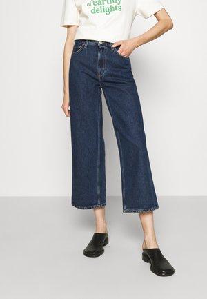 KIRI  - Široké džíny - stone blue