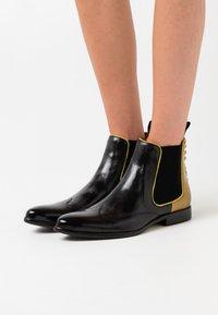 Melvin & Hamilton - KEIRA - Cowboy/biker ankle boot - black/fluo yellow - 0