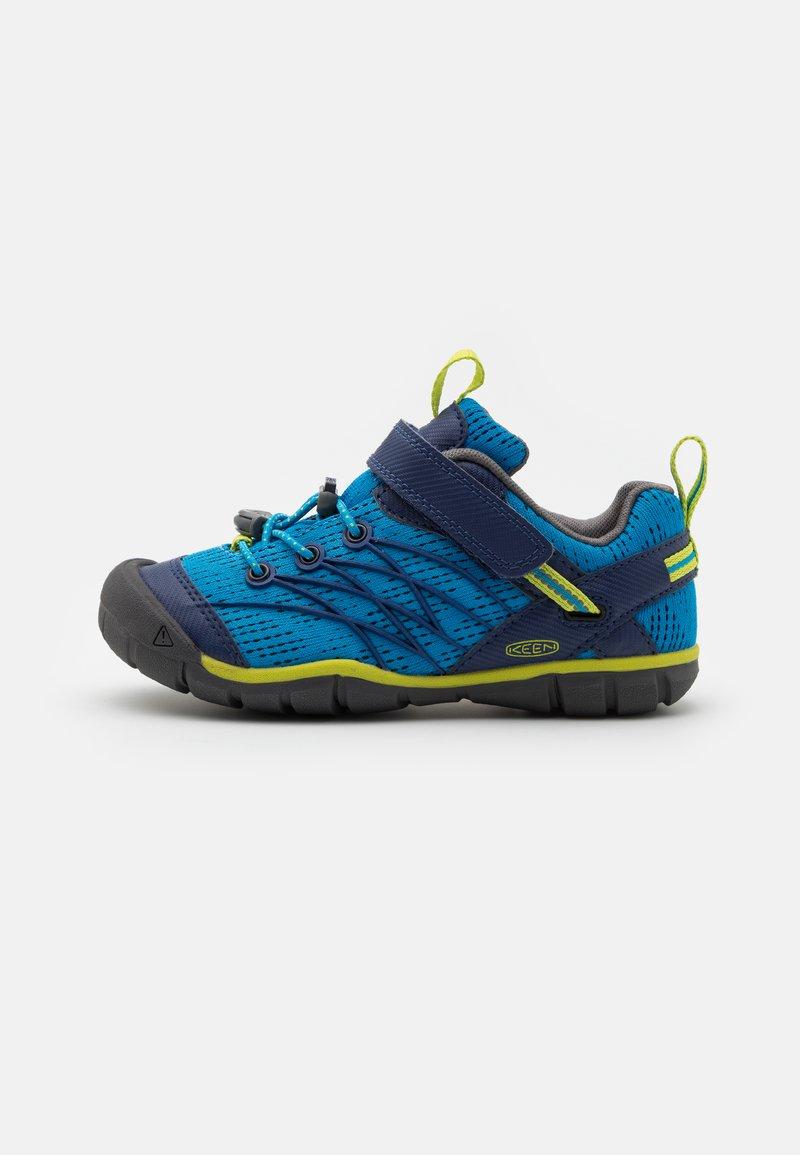 Keen - CHANDLER CNX - Hiking shoes - brilliant blue/blue depths