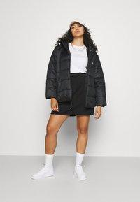 Nike Sportswear - CLASH SKIRT - Minifalda - black - 1