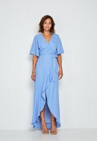 True Violet - Maxi dress - light blue - 0