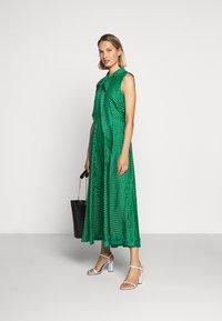 LK Bennett - DR CONNIE - Maxi šaty - emerald green/ivory - 1